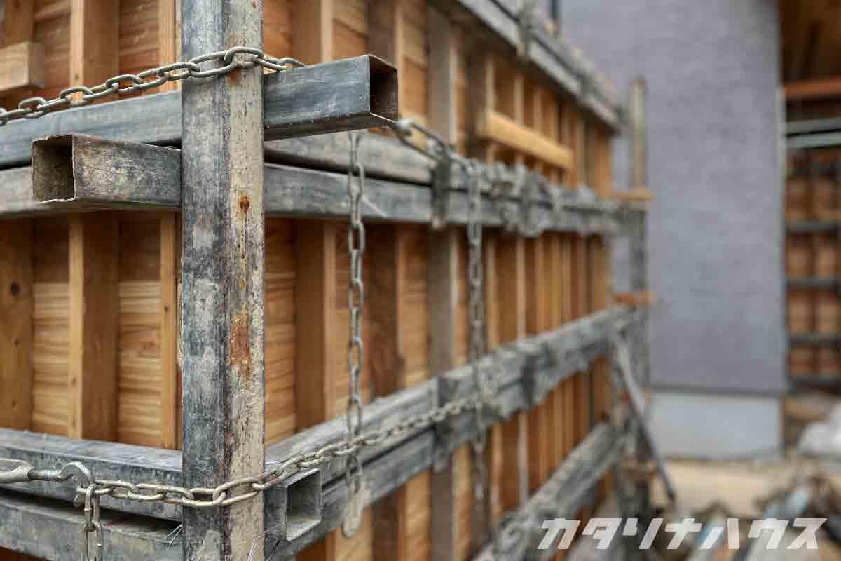 杉板浮造り
